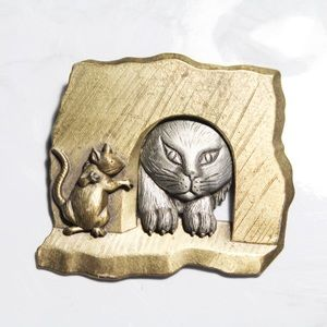 Vintage JJ Cat and Mouse Brooch Pin